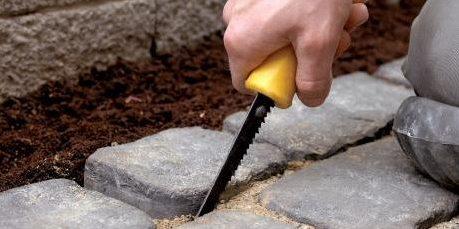Как сделать садовую дорожку: посадочные ямы