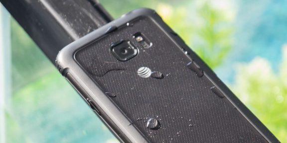 В Сети появилось изображение смартфона Samsung Galaxy S8 Active