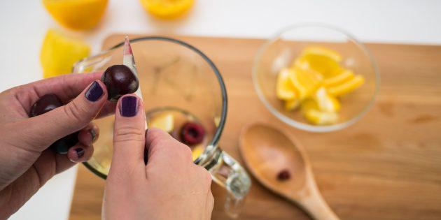 вишнёвый лимонад: ягоды
