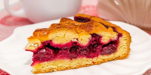 Вишнёвый пирог на дрожжевом тесте