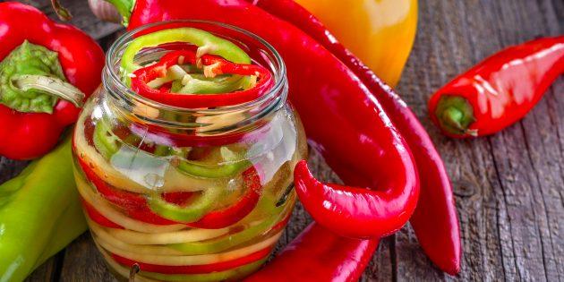 10 простых и вкусных салатов на зиму