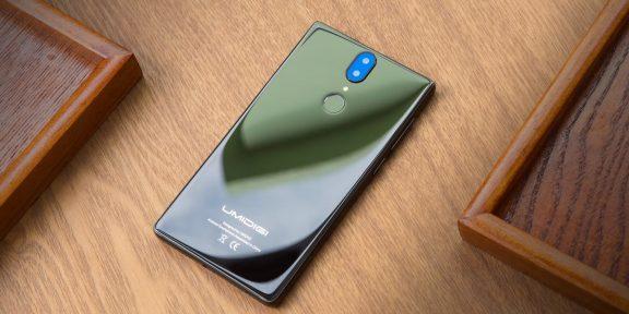 Стали известны характеристики и дизайн смартфона UMIDIGI Crystal