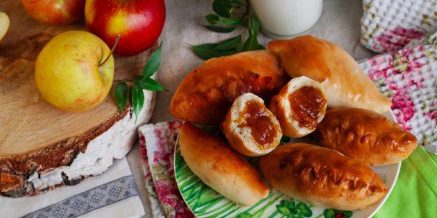 Как приготовить вкусные пирожки с повидлом в духовке и на сковороде
