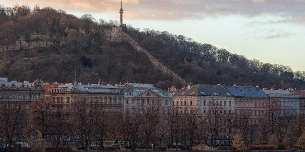 Достопримечательности Праги: Петршинский холм и Петршинская смотровая башня