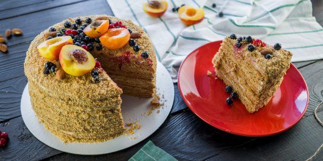 Рецепт торта «Медовик» со сметанным кремом