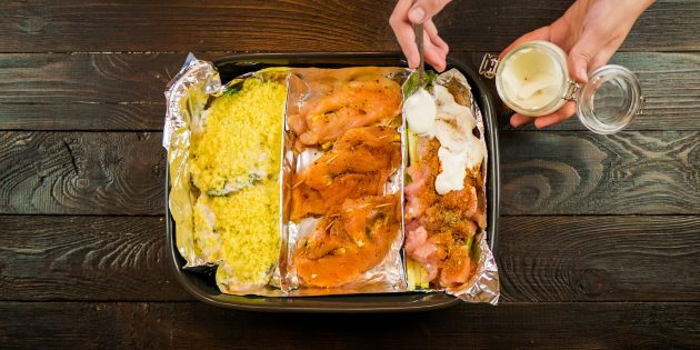 тушёная курица с кабачками в сметане: приправы