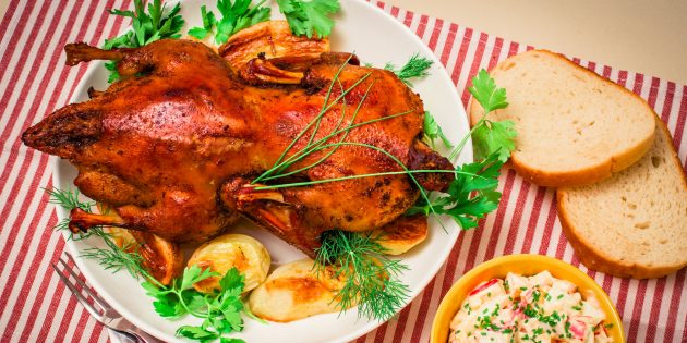 Как приготовить гуся в духовке: секреты и рецепты