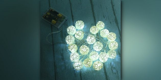 Гирлянда с фонариками-клубками