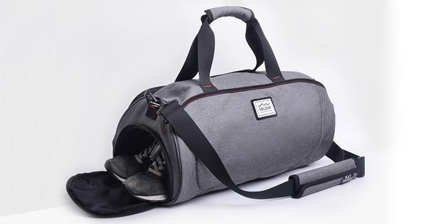 Подарки любимому на Новый год: Спортивная сумка
