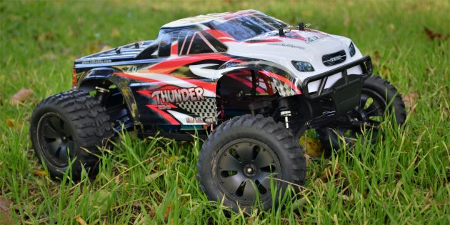 ZD Racing Thunder вид сбоку