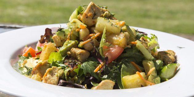 диетические салаты: салат с индейкой и сельдереем