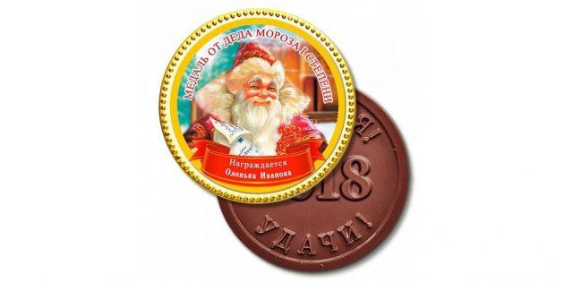 подарки на Новый год: шоколадная медаль
