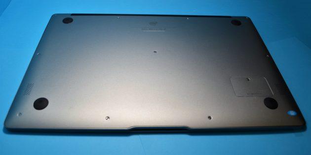 Chuwi LapBook Air. Нижняя поверхность