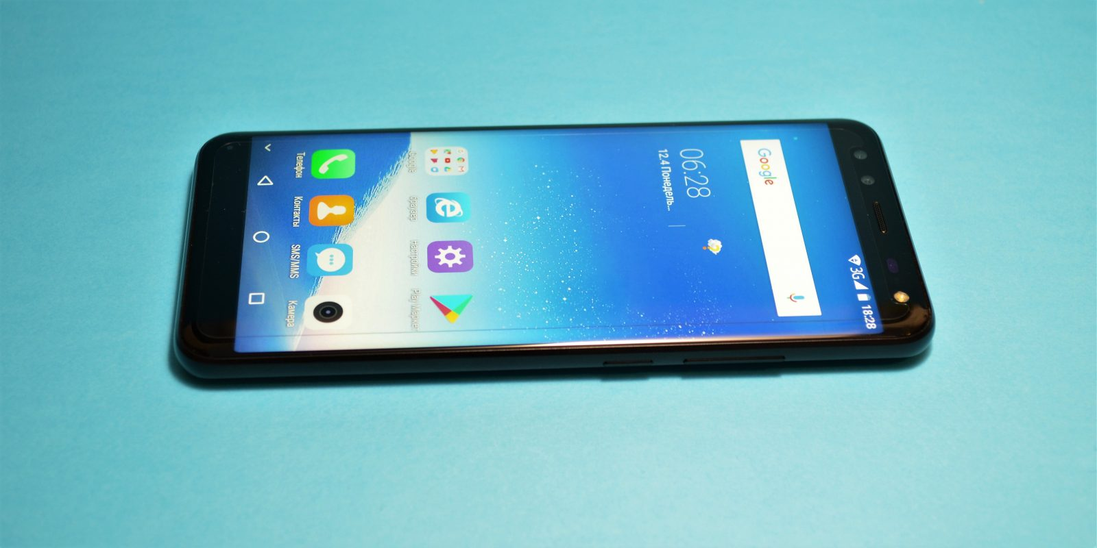 Leagoo S8: лицевая панель