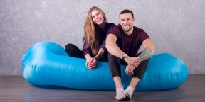 «Биван Гигант» — двуспальный надувной диван в кармане