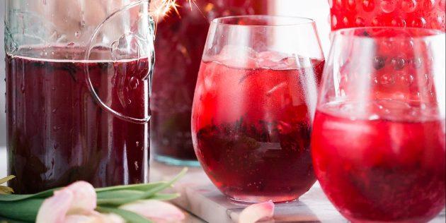 безалкогольные коктейли: пунш из клюквы