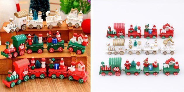 Новогодний игрушечный паровоз