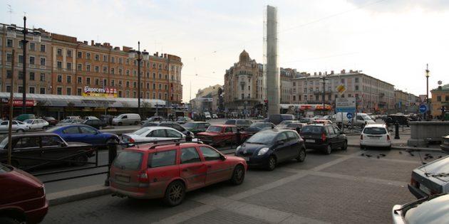 Кино, романы и дворы: что интересного посмотреть в Санкт-Петербурге