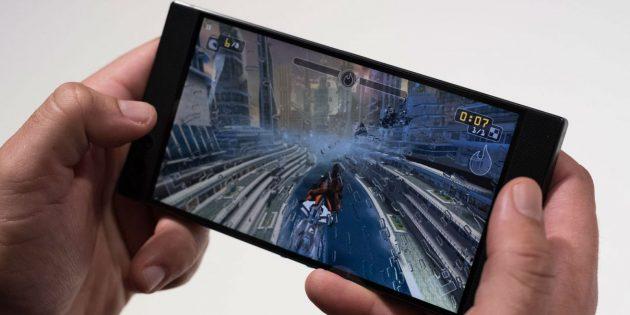 Razer представила смартфон для геймеров