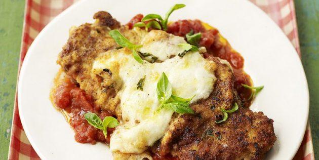 Что приготовить из свинины: Эскалоп в томатном соусе с моцареллой