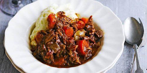 Рецепты с говядиной: Рагу из говядины в духовке