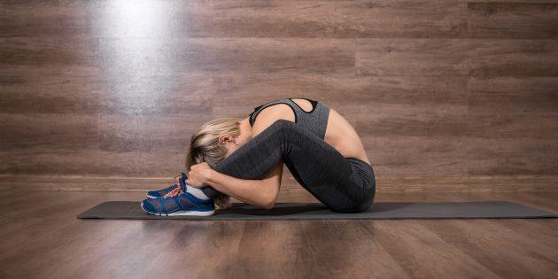 Растяжка мышц-разгибателей спины