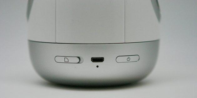 Робот Pudding S: разъём для зарядки