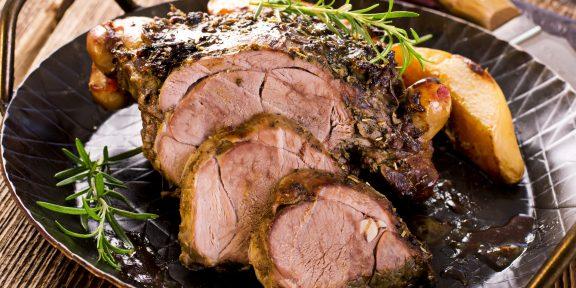 Как приготовить мясо в духовке, чтобы оно было сочным, ароматным и очень вкусным