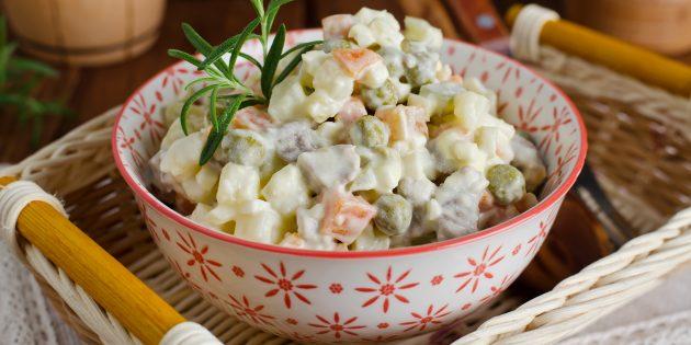 Оливье от Татьяны Толстой: простой рецепт