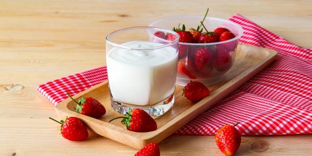 Рецепты простых закусок: фрукты со сладким соусом
