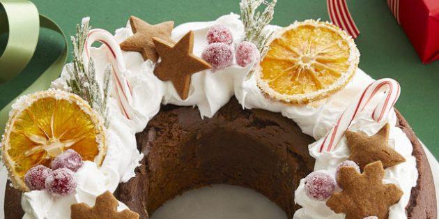 Новогодние блюда: Кекс «Заснеженный венок»