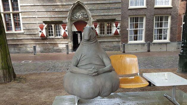 Ждун скульптура