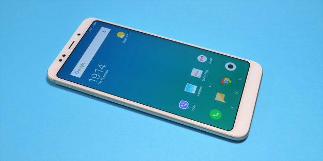 Xiaomi Redmi 5 Plus: лицевая сторона