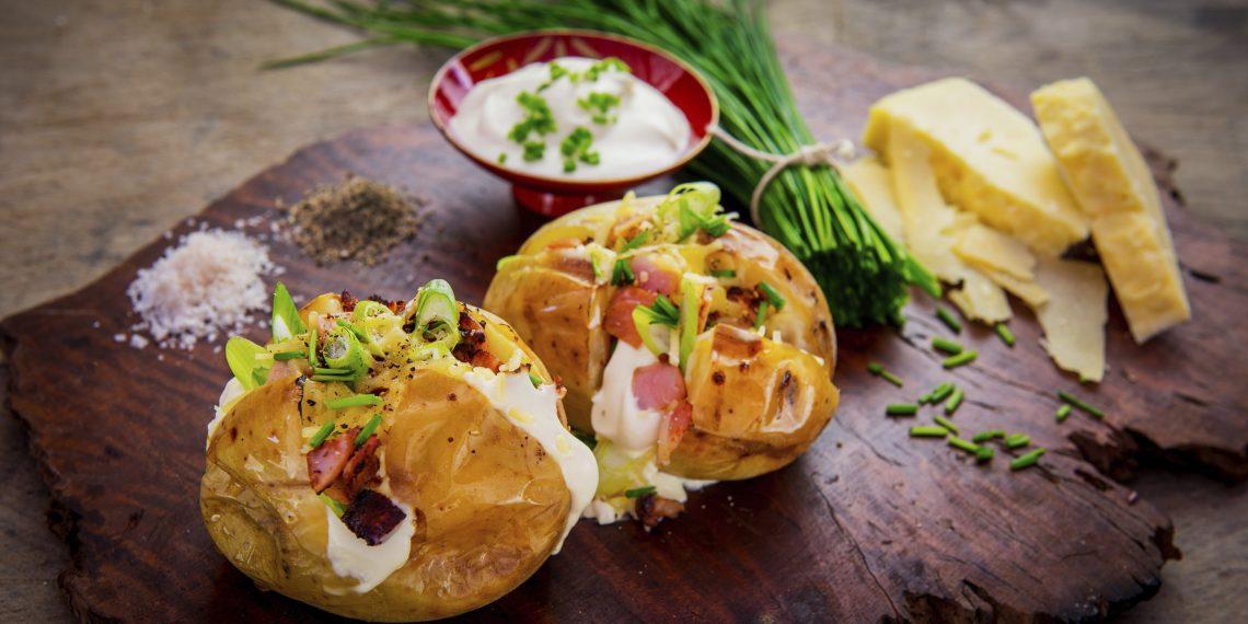 Топ-11 рецептів картоплі до столу