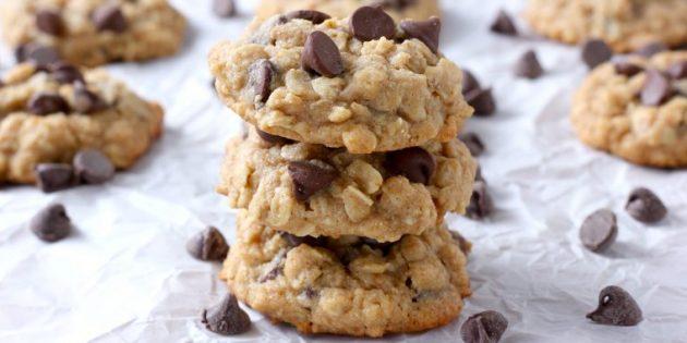 Овсяное печенье с мёдом и шоколадными каплями
