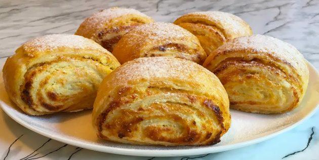 Рецепты вкусного печенья: Слоёное печенье с творогом и изюмом