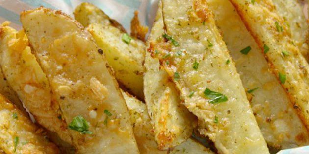 Хрустящие картофельные дольки в пармезане