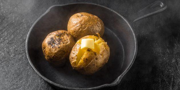 Классическая картошка в духовке: простой рецепт