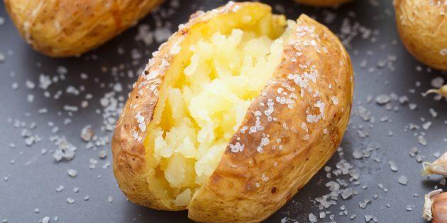 Как приготовить картофель в соли в духовке