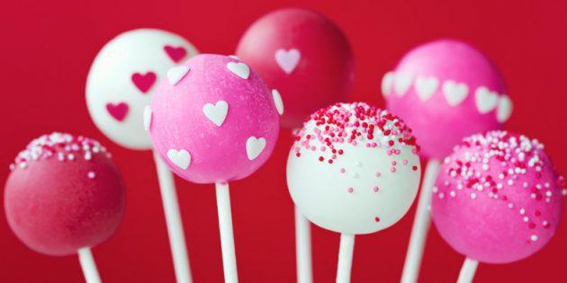 Рецепты на 14 февраля: Кейк-попсы