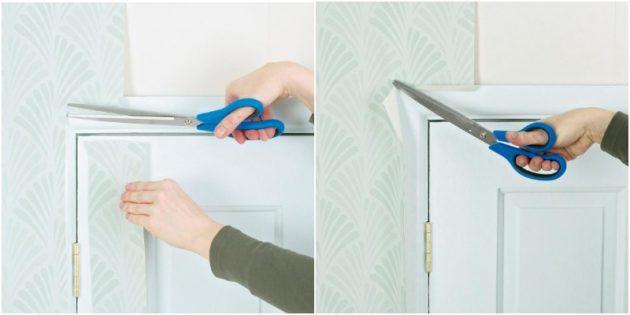 Как клеить обои вокруг окон и дверей: аккуратно отрежьте излишки обоев по краю