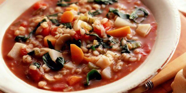 Перловый суп с овощами