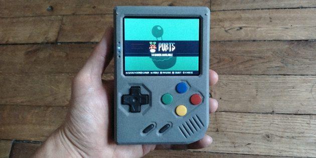 С этой карманной консолью можно играть в тысячи любимых игр из детства