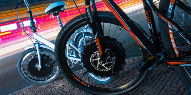 С этим колесом можно превратить любой велосипед в электробайк за 30 секунд