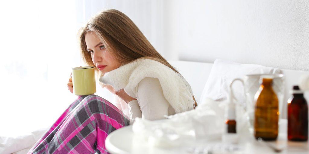 Как быстро устранить боль в горле