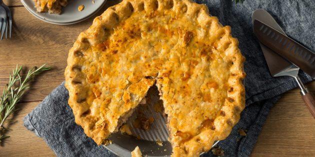 Блюда из свинины: пирог с картошкой и свининой