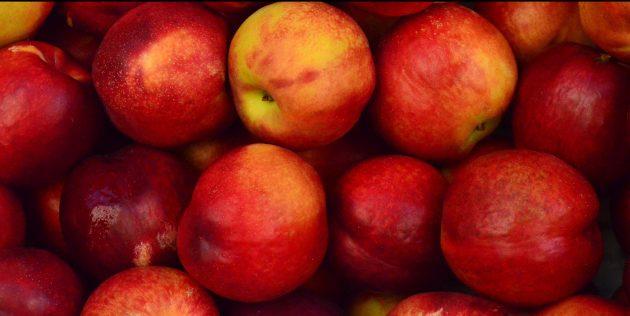 Как выбирать персики и нектарины