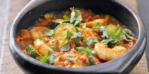 Лучшие рецепты с имбирём: Карри из кабачков и креветок с имбирём