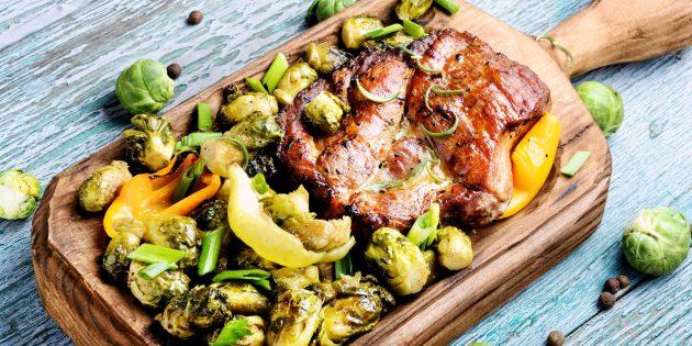 Лучшие рецепты: свинина в имбирной глазури с брюссельской капустой