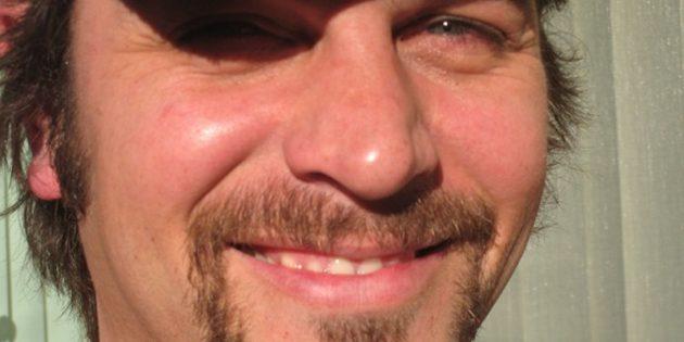 жидкие усы